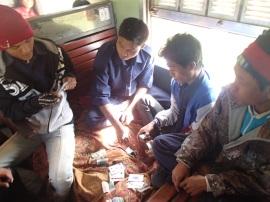 myanmar tren hsipaw timba cartas