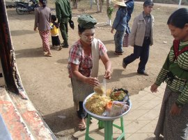 noodles tren myanmar